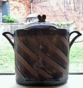 The urn given to Tennessee Craft in situ.